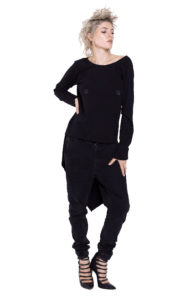 12D Black blouse with piercing