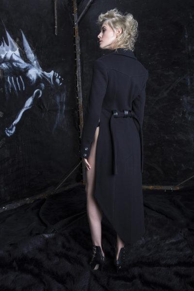 14D Black jacket