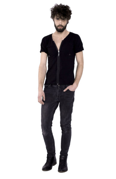 BLACK T-SHIRT WITH PIERCING